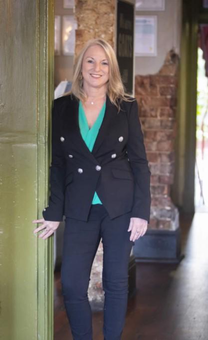Debbie Rivers Expert